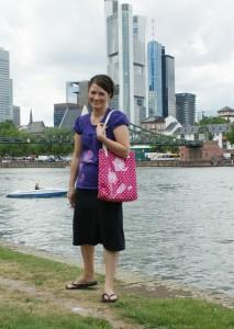Frankfurt mit Brücke, Skyline und Maki